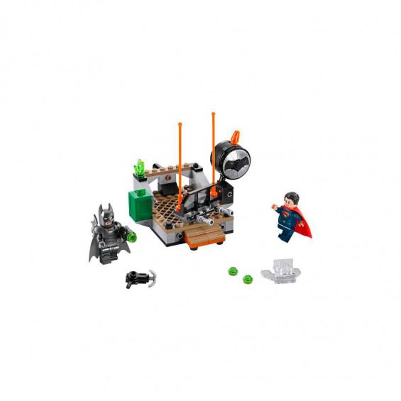 LEGO Comics Choque de Héroes 76044