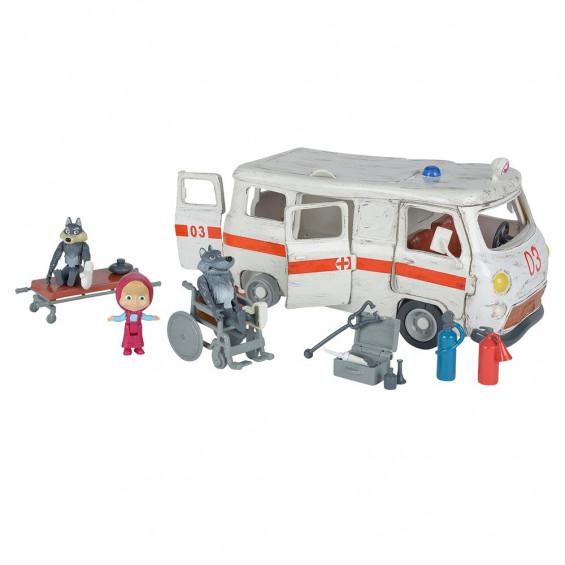 Masha y el Oso Ambulancia